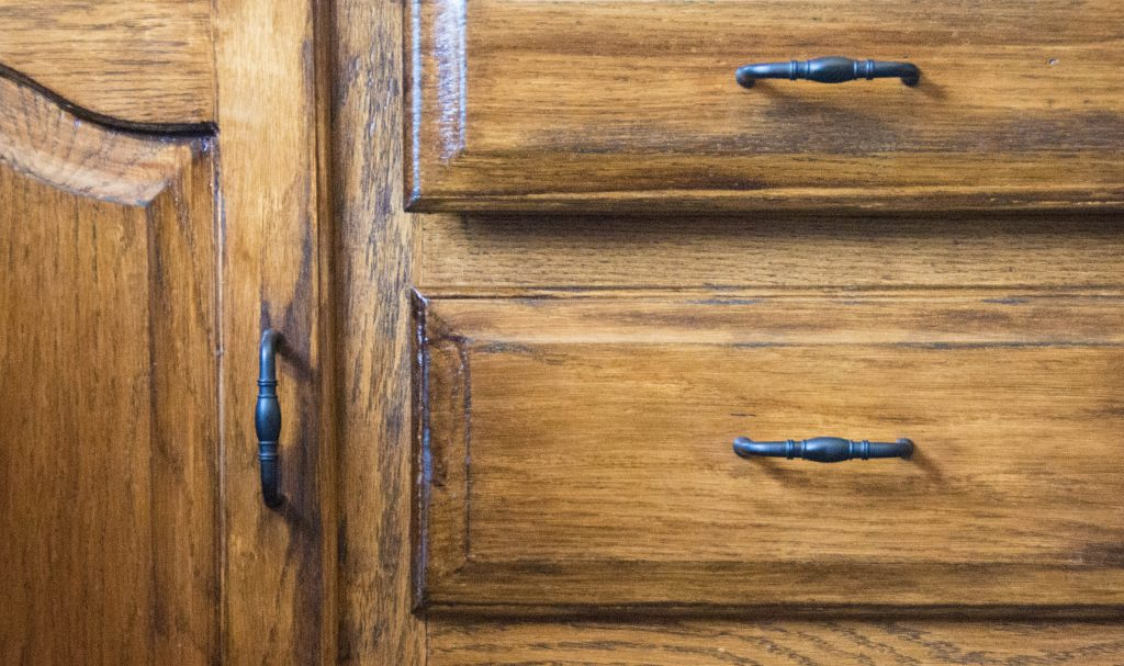 deep walnut Minwax wood stain after 2 Montreal lifestyle DIY blog