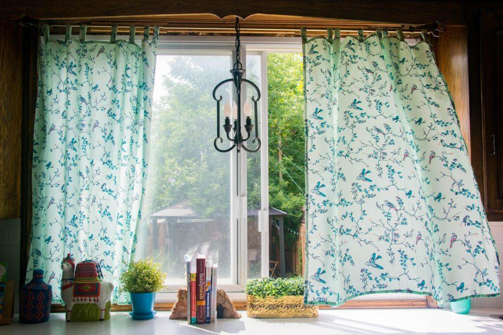 after Funky Monkey Fabrics Vie de Boheme sunrise cotton print DIY tab curtain Montreal lifestyle blog 4