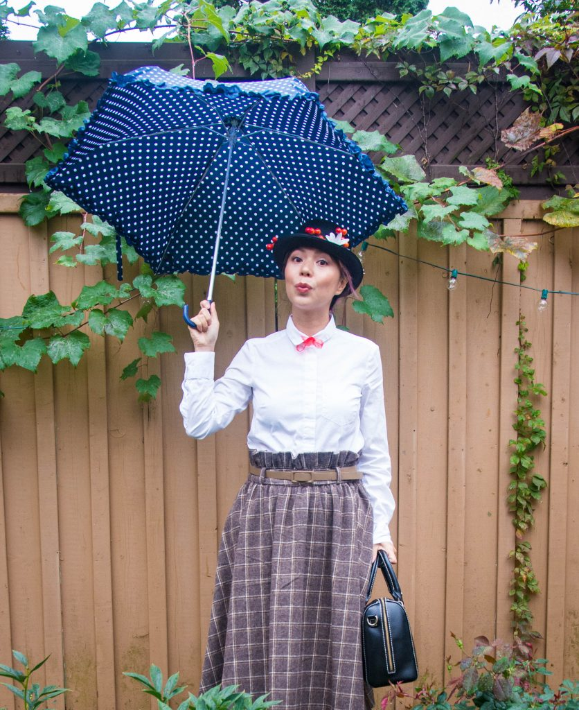 Mary Poppins costume Halloween Lindy Bop vintage skirt Montreal lifestyle fashion blog 2