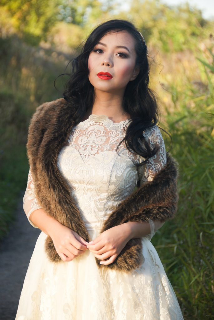 Restoration Hardware faux fur scarf Modcloth Chi Chi London verity dress vintage retro lace cream wedding bridal fit and flare Montreal fashion blog 2