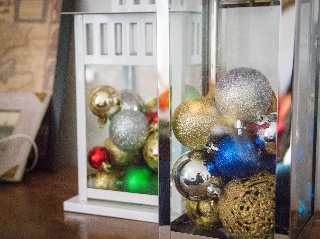 ornament lanterns easy Christmas decor Montreal lifestyle fashion beauty blog