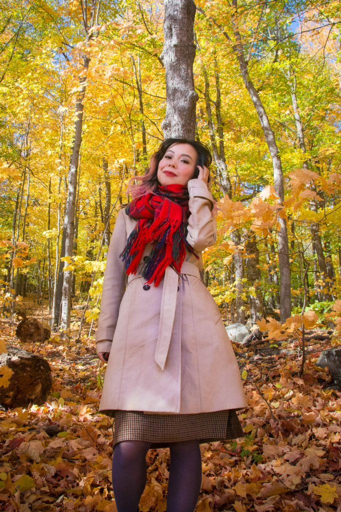 plaid tartan scarf trench coat fall Montreal fashion beauty lifestyle blog 1