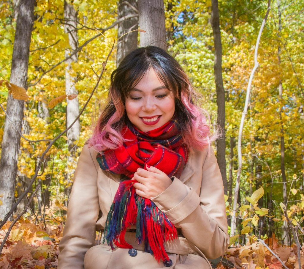 plaid tartan scarf trench coat fall Montreal fashion beauty lifestyle blog 3