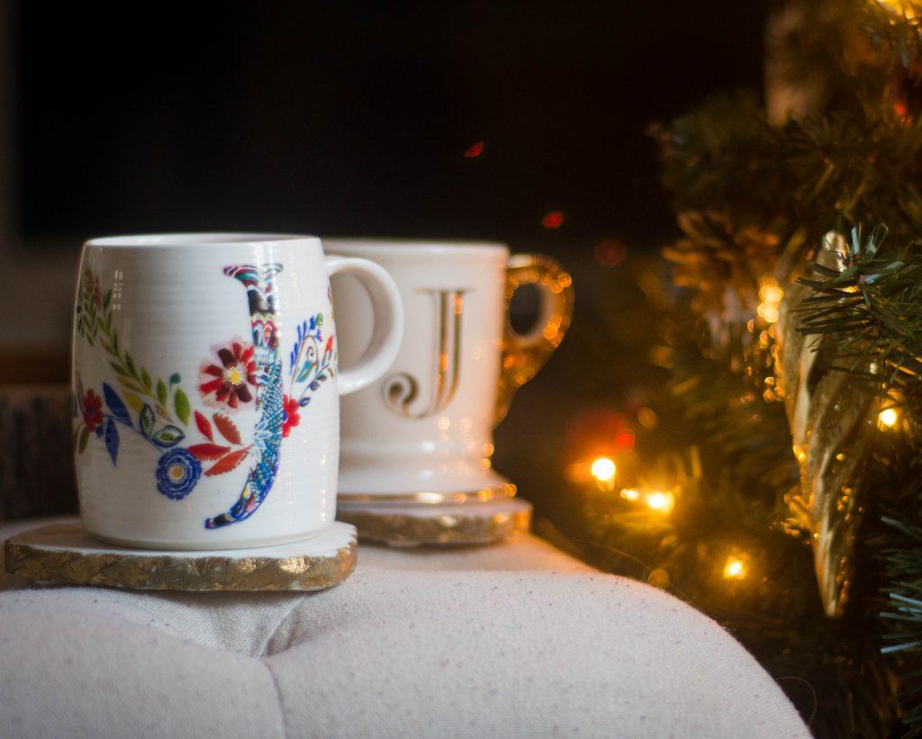Anthropologie monogram mug last minute Christmas holiday gift guide Montreal lifestyle beauty fashion blog