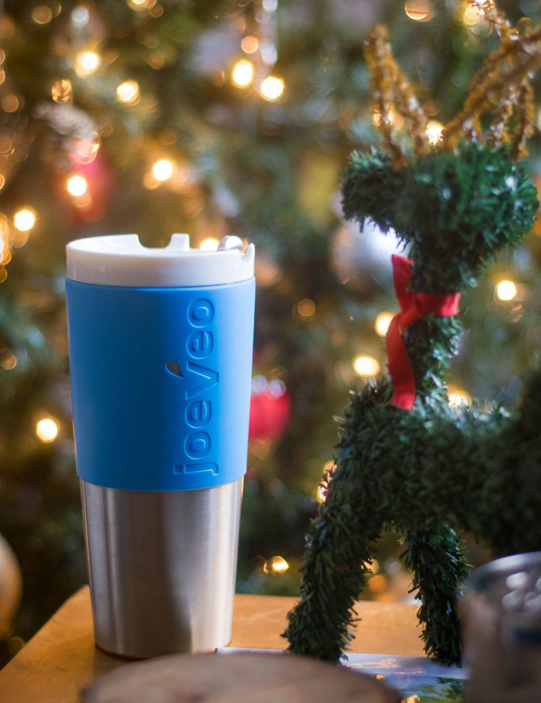 Joeveo travel mug last minute Christmas holiday gift guide Montreal lifestyle beauty fashion blog