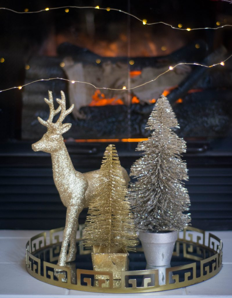 gold glitter reindeer tree fireplace tray display Christmas holiday decor Montreal lifestyle fashion beauty blog
