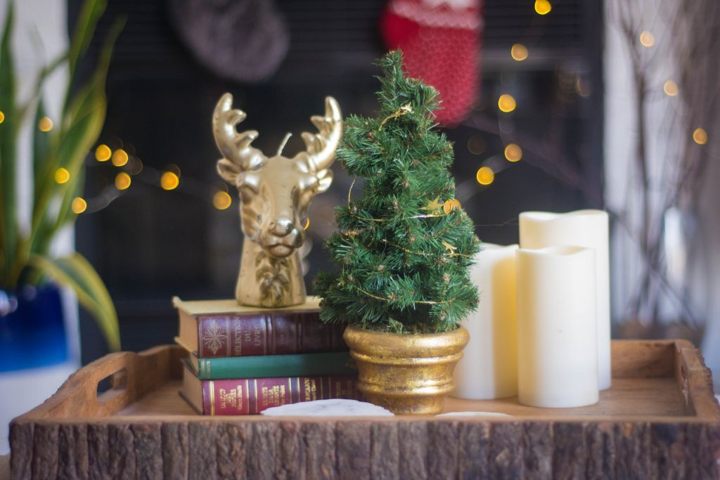 living room tray candle tree display Christmas holiday decor Montreal lifestyle fashion beauty blog