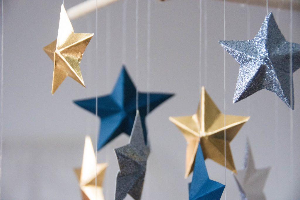 DIY 3D star mobile Montreal lifestyle blog 10