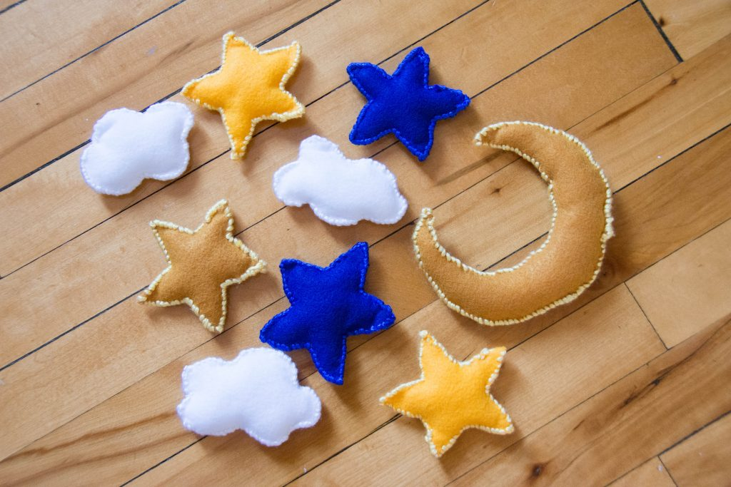 felt 3D night sky moon star clouds Montreal lifestyle blog 1