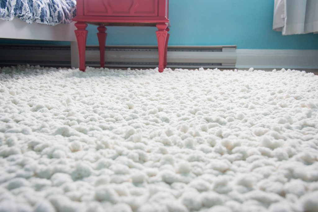 DIY fluffy rug Montreal lifestyle fashion beauty blog 4