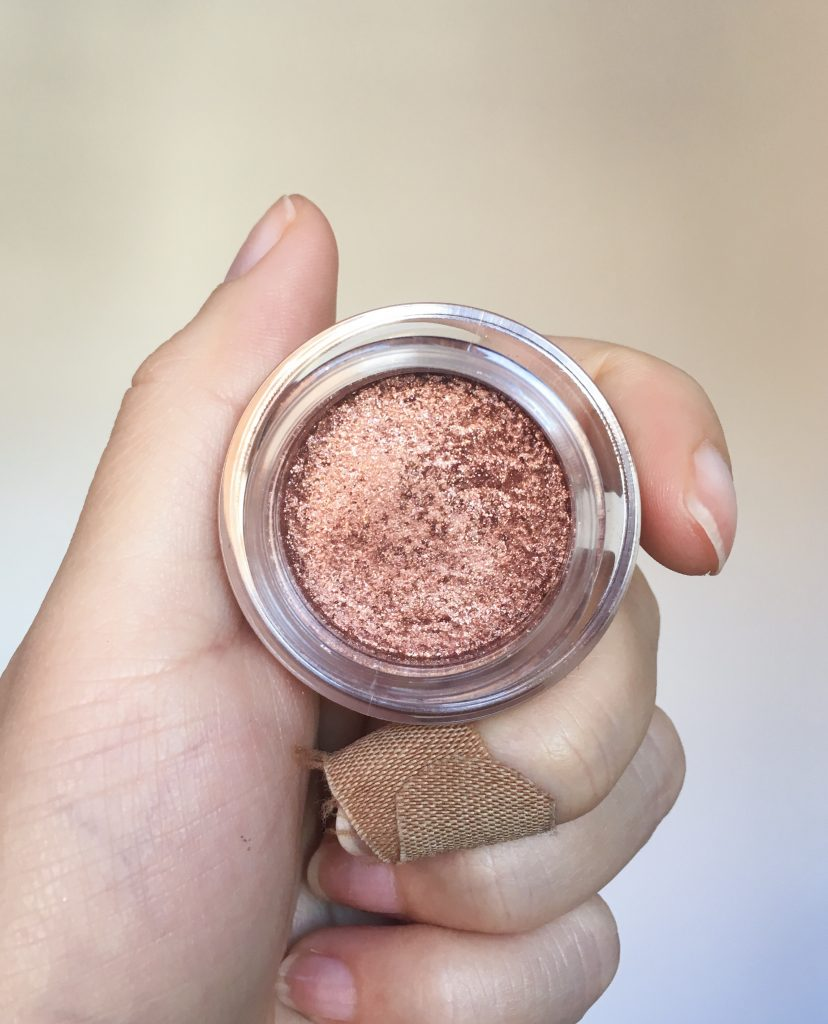 Hourglass Scattered Light Glitter Eyeshadow Blaze Montreal fashion beauty lifestyle blog