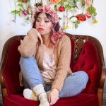floral crown pink camisole sweatpants cardigan stay-at-home Valentine's Day date night Montreal fashion lifestyle beauty blog 3